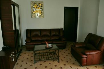 Dubla-de-lux-Hotel-4-365x242